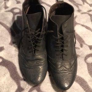 Bronx Black Leather Booties 39